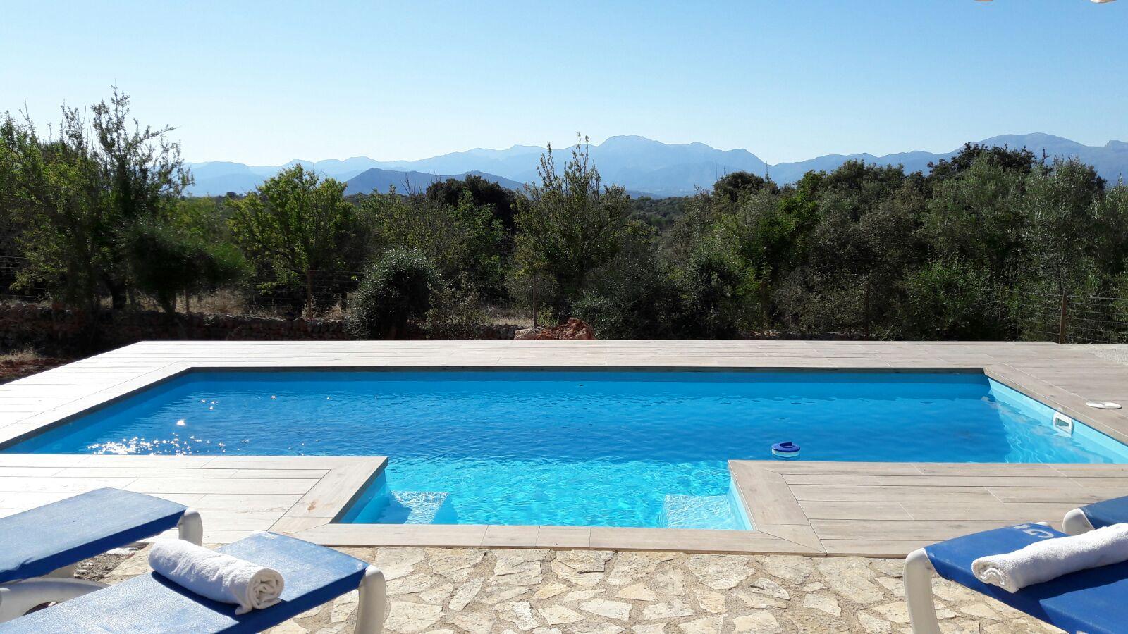Piscina olimpia novedades 2017 del fabricante piscinas cano for Piscina mairena del alcor 2017