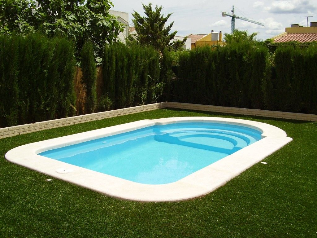 Fibra y poliester cano piscina modelo c 5 valencia poliester - Catalogo de piscinas ...