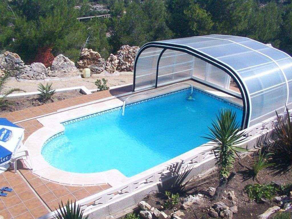 Piscina modelo c 75 poliester en valencia for Modelos de piscinas de campo